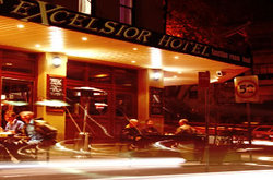 Excelsior Hotel - Pubs and Clubs