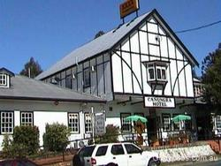 Canungra Hotel - Pubs and Clubs