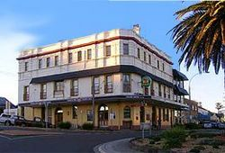 The Grand Hotel - Kiama - Pubs and Clubs