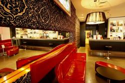 Satin Lounge Bar - Pubs and Clubs