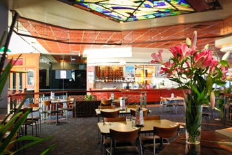 Matthew Flinders Hotel - Pubs and Clubs
