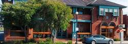 Great Ocean Hotel - Pubs and Clubs