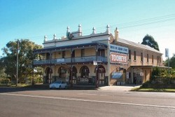 Caledonia Hotel - Pubs and Clubs