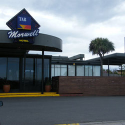 Morwell Hotel - Pubs and Clubs
