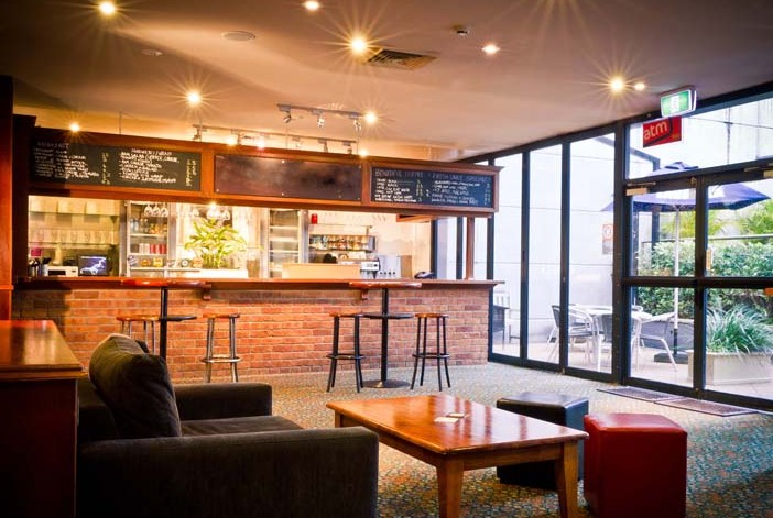 CBD Hotel Newcastle - Pubs and Clubs