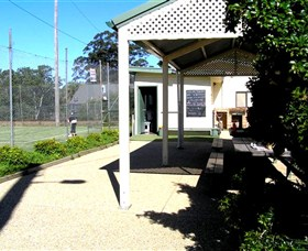 Kendall Tennis Club - Pubs and Clubs