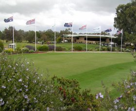 Tocumwal Golf Club - Pubs and Clubs