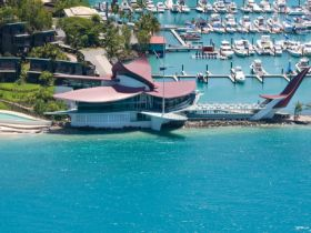 Hamilton Island Yacht Club - Pubs and Clubs