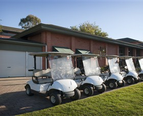 Country Club Tasmania Golf Course - Pubs and Clubs