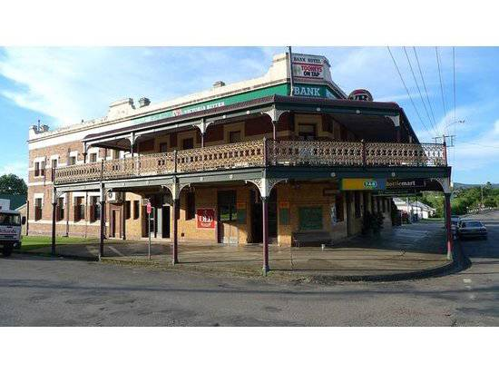 Bank Hotel Dungog - Pubs and Clubs