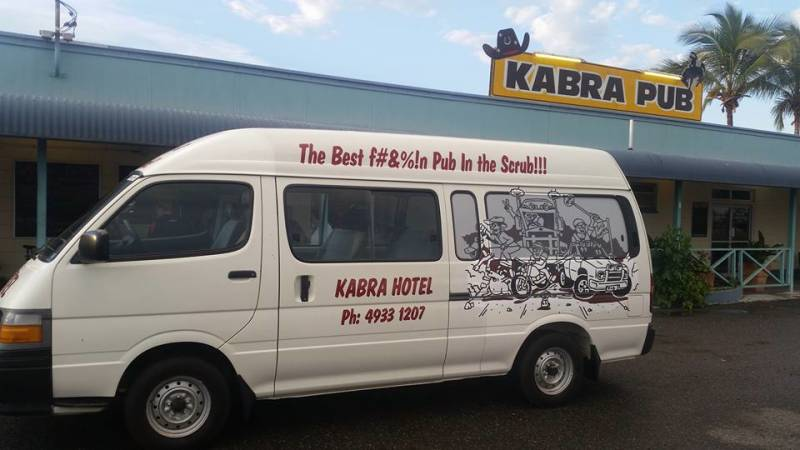 Kabra Hotel - Pubs and Clubs