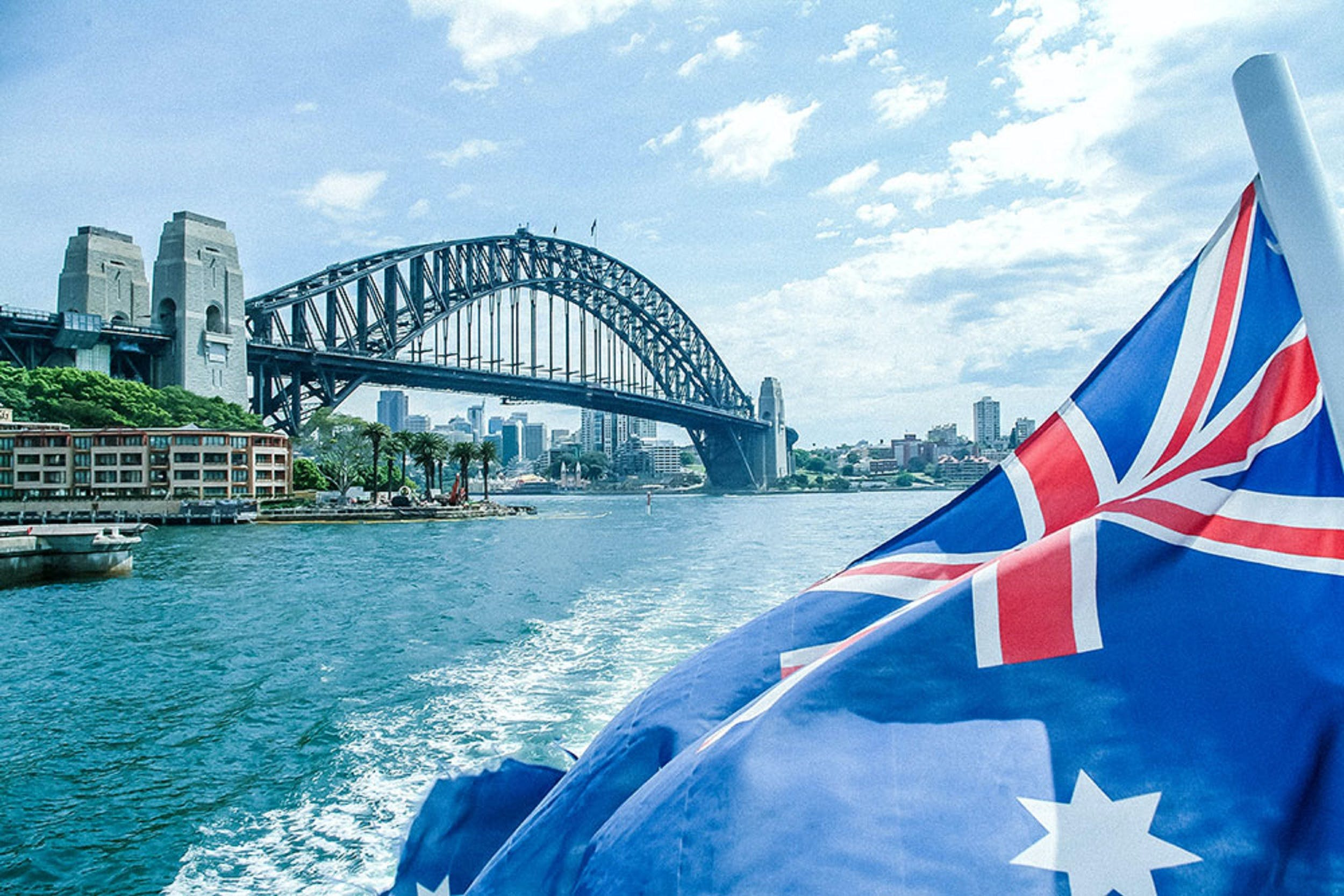 Australia Day Lunch and Dinner Cruises On Sydney Harbour with Sydney Showboats - Pubs and Clubs