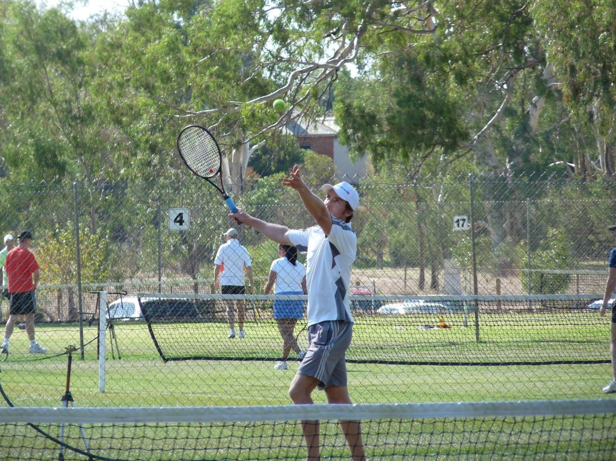 Corowa Easter Lawn Tennis Tournament - Pubs and Clubs