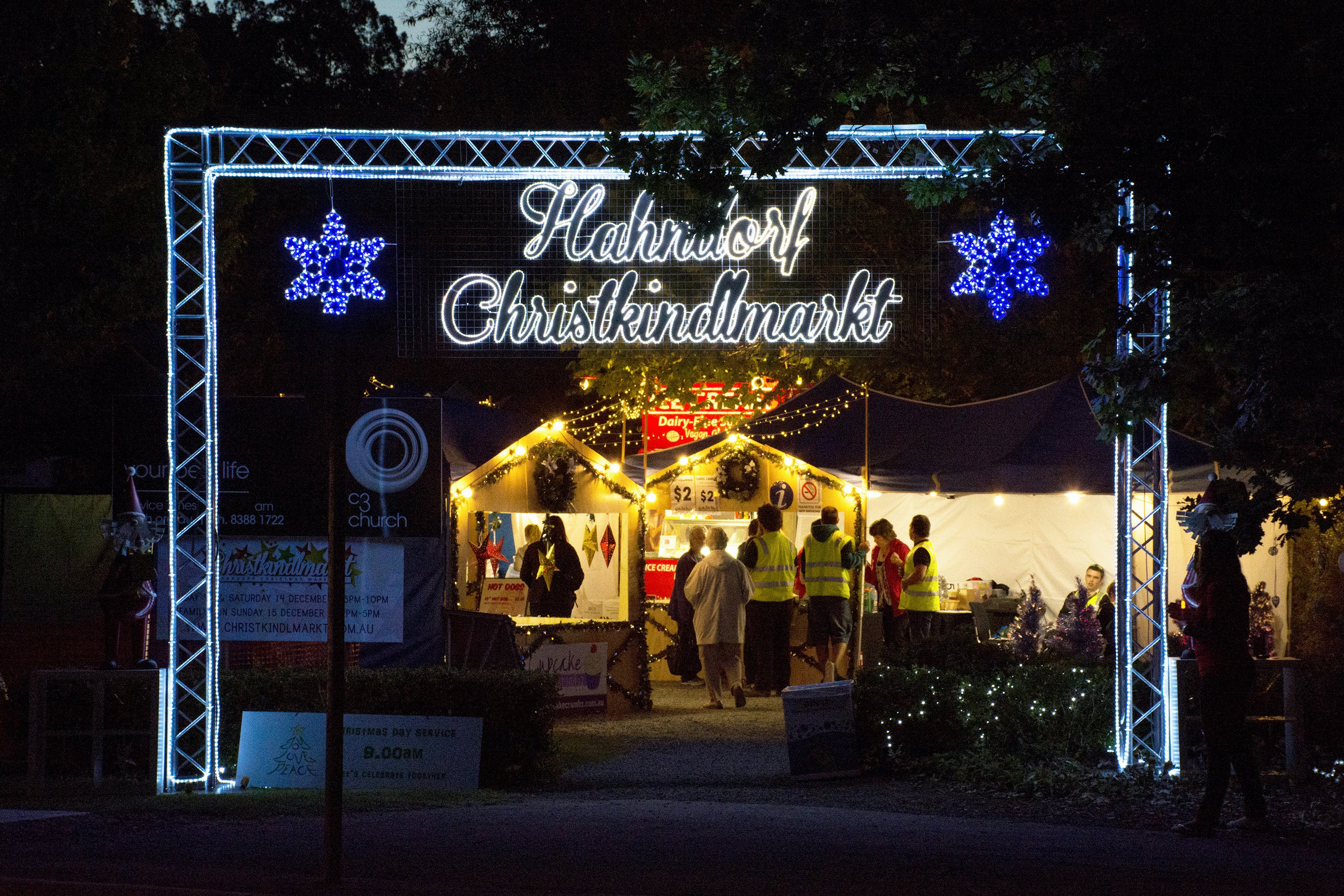 Hahndorf Christmas Market Walking Tours - Pubs and Clubs