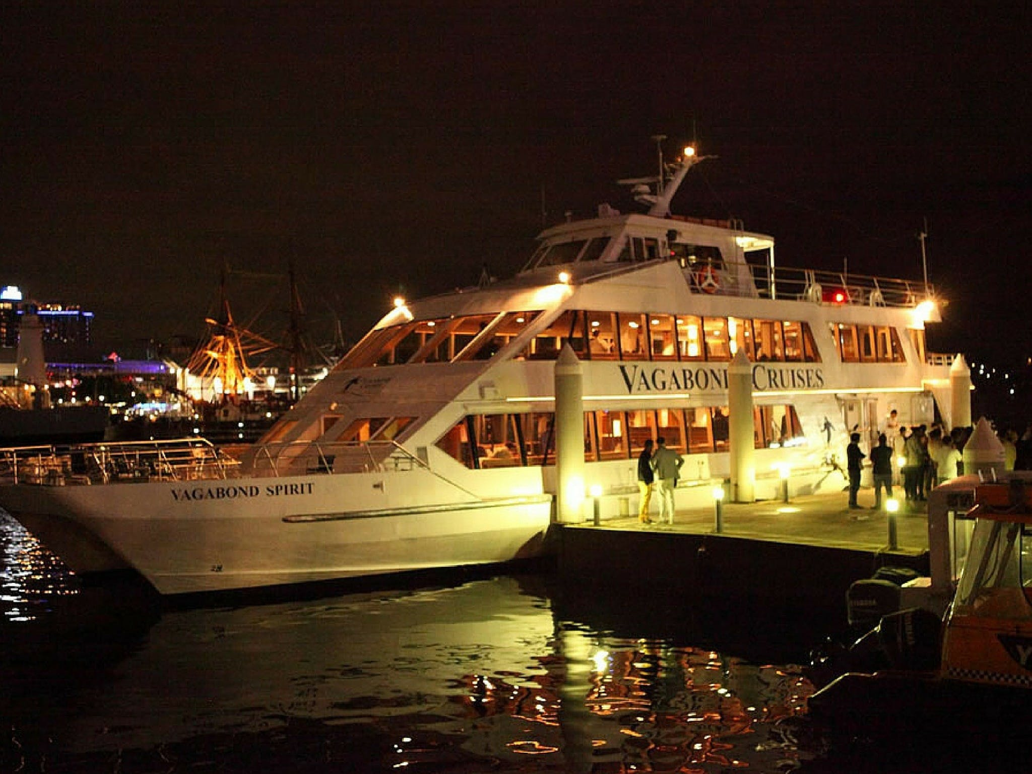 Halloween Party Cruise - Pubs and Clubs