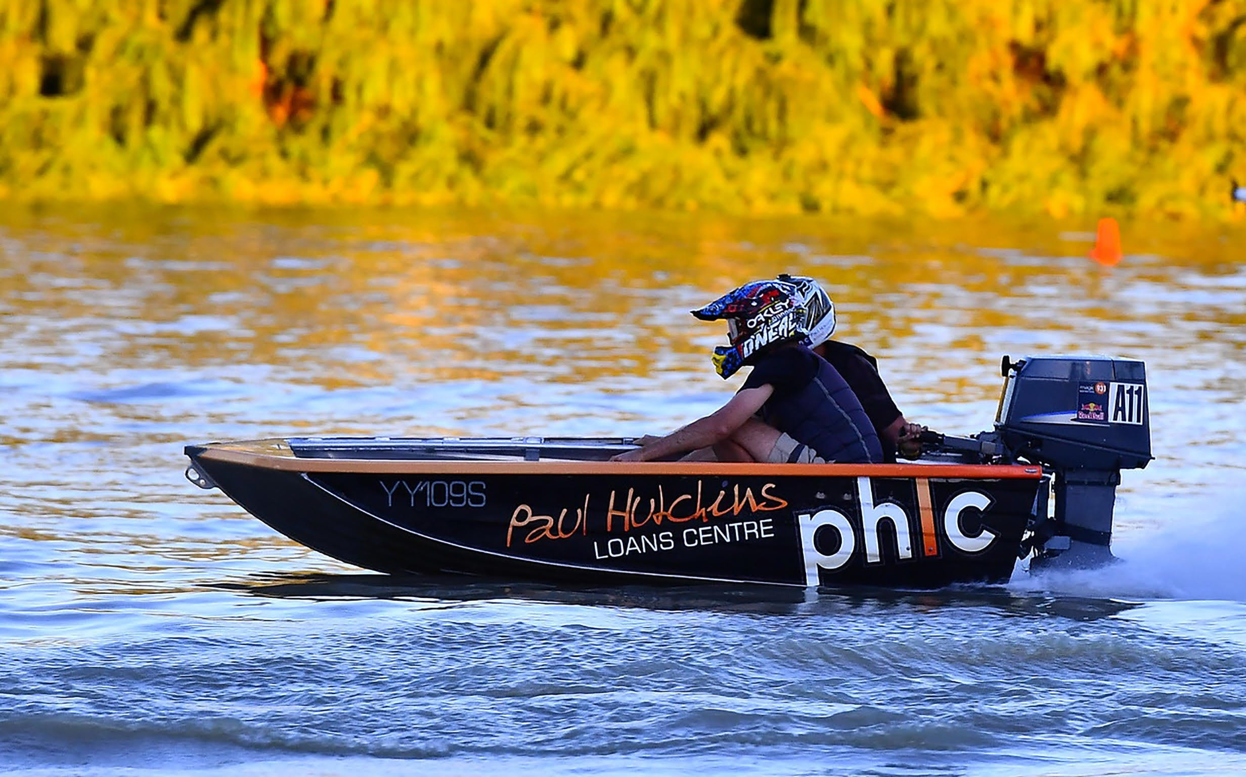 Round 6 Riverland Dinghy Club - The Paul Hutchins Loan Centre Hunchee Run - Pubs and Clubs