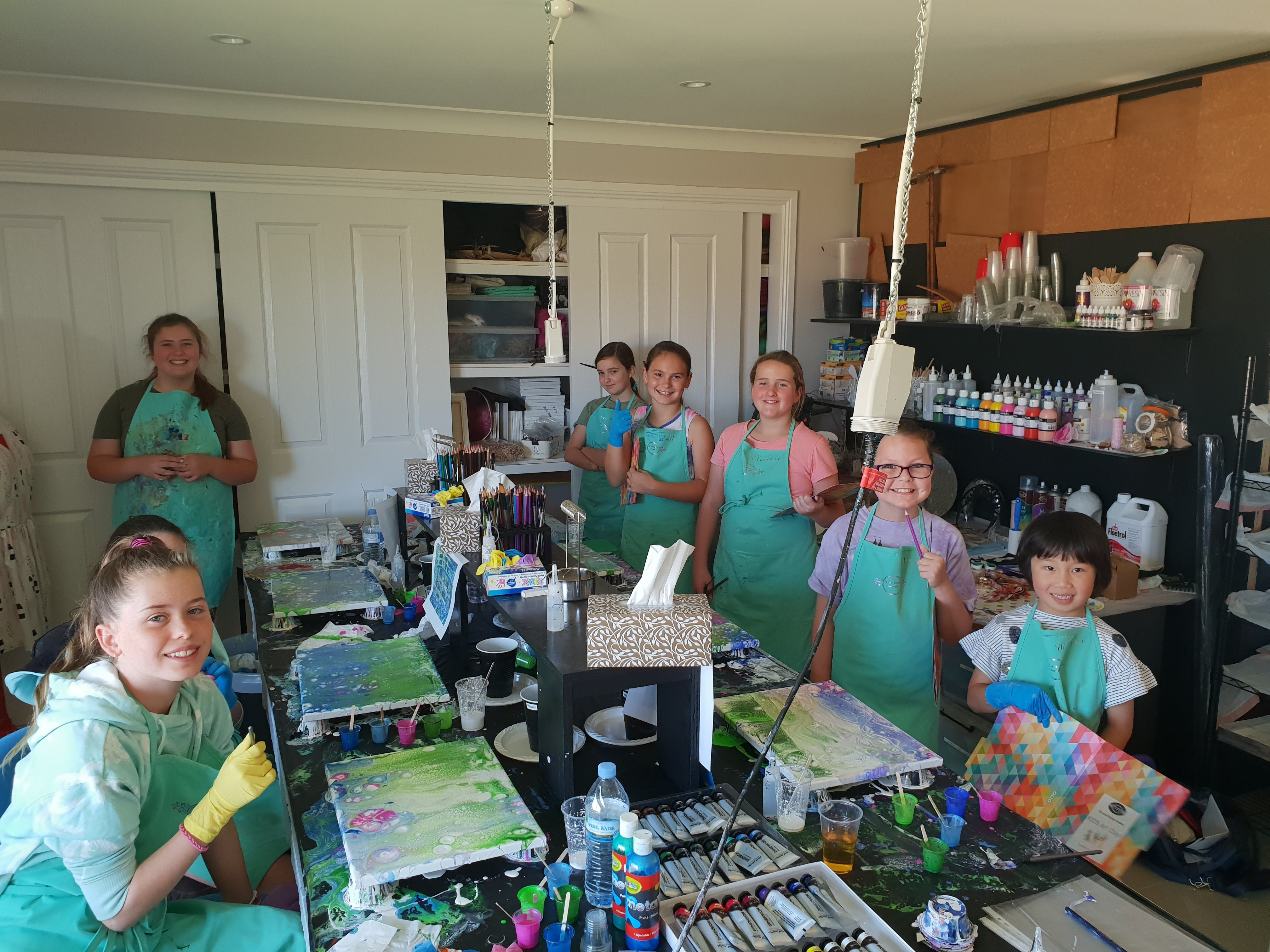 School holidays - Kids art class - Painting - Pubs and Clubs