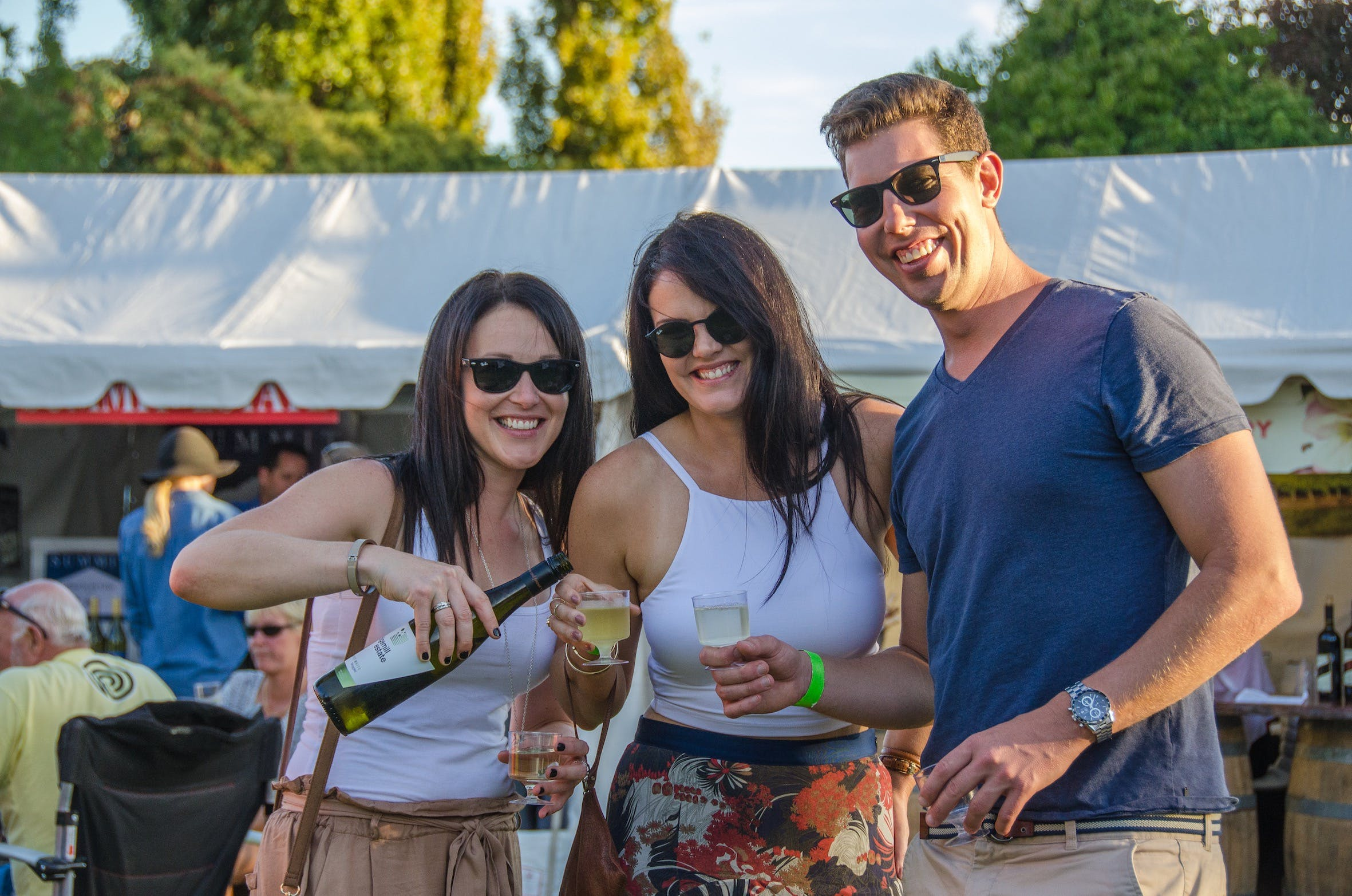 Stanthorpe Apple and Grape Harvest Festival - Pubs and Clubs