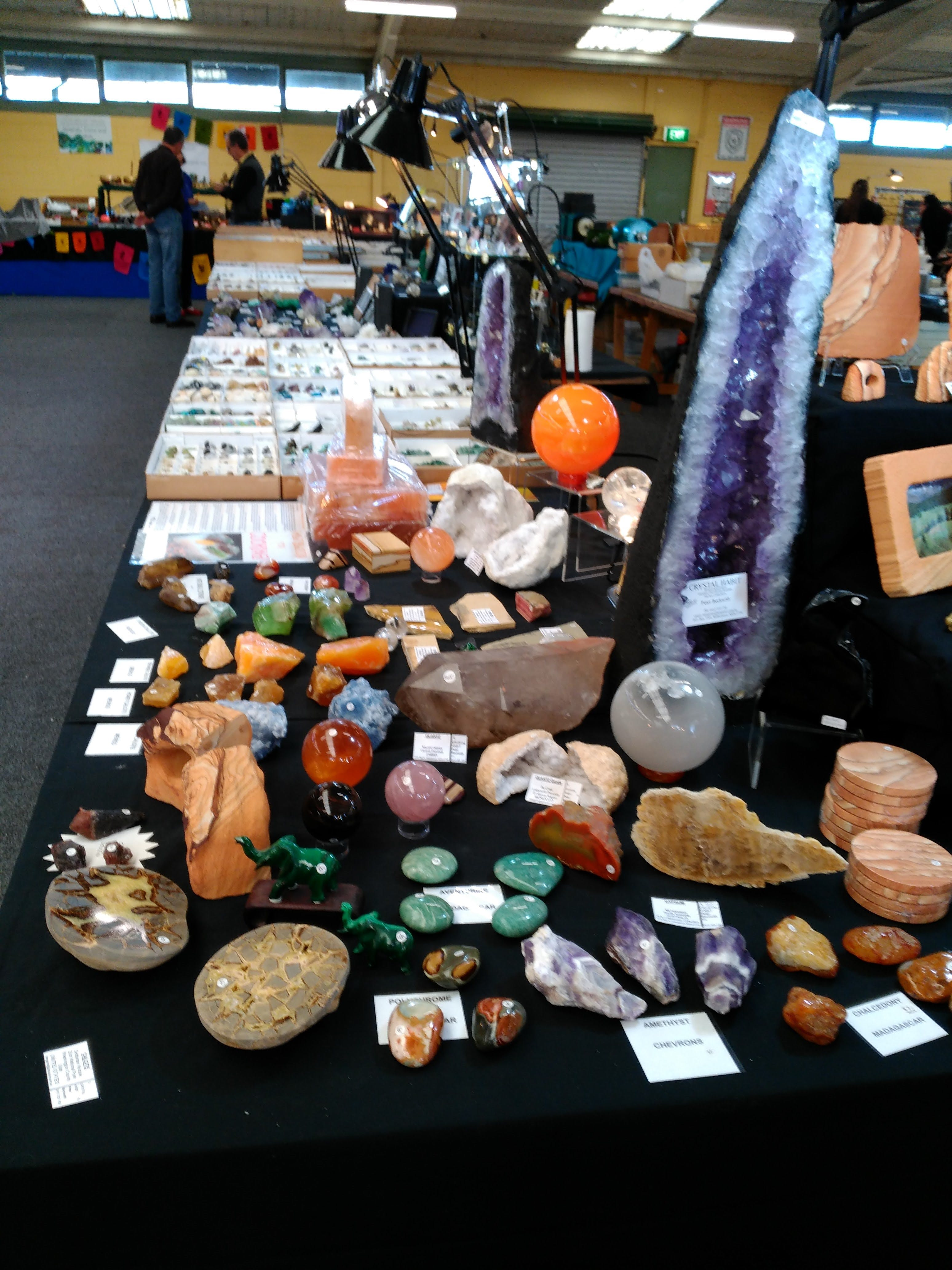 National Gem And Crystal Expo - Pubs and Clubs