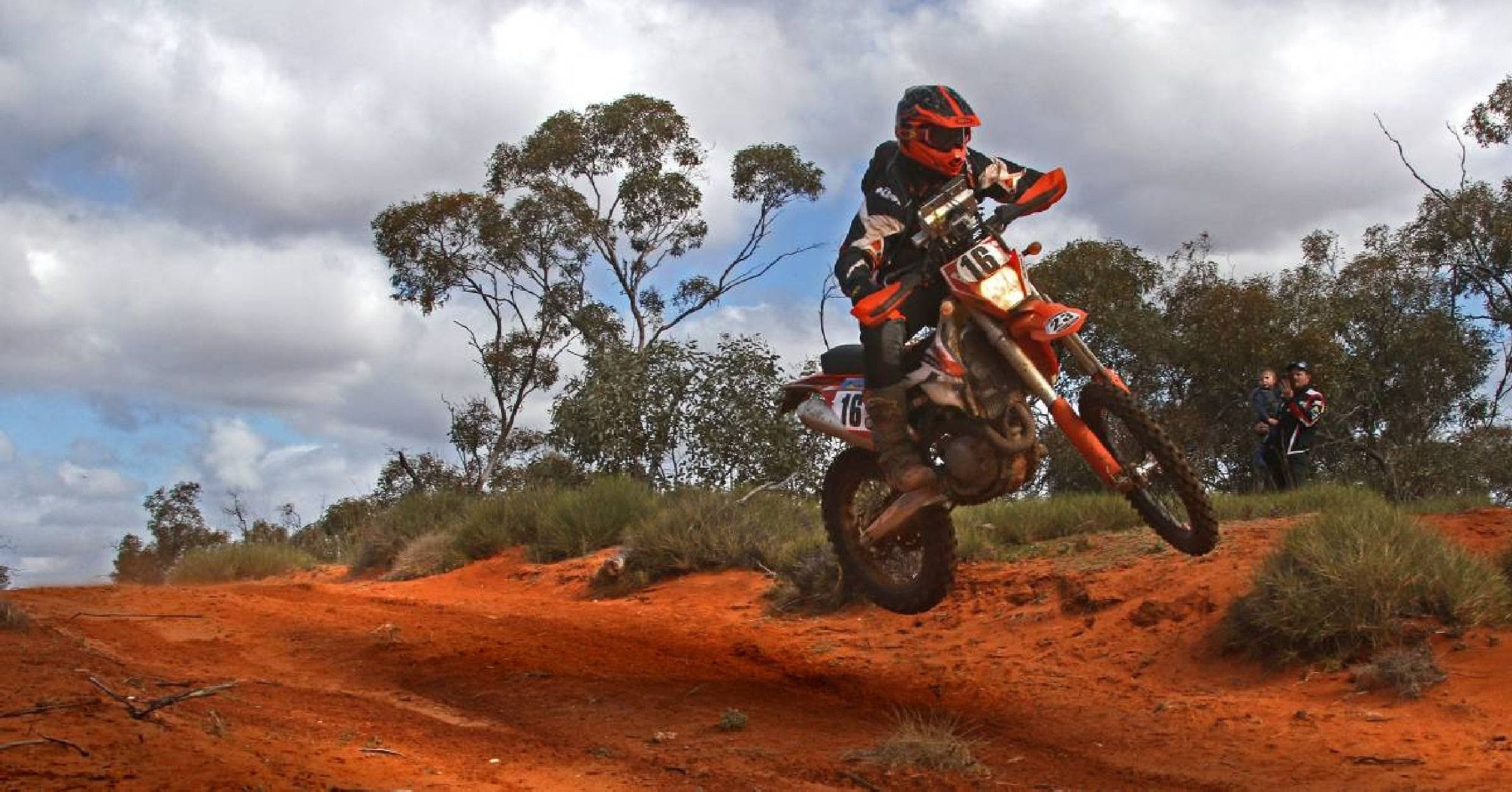 Sunraysia Safari Rally - Pubs and Clubs
