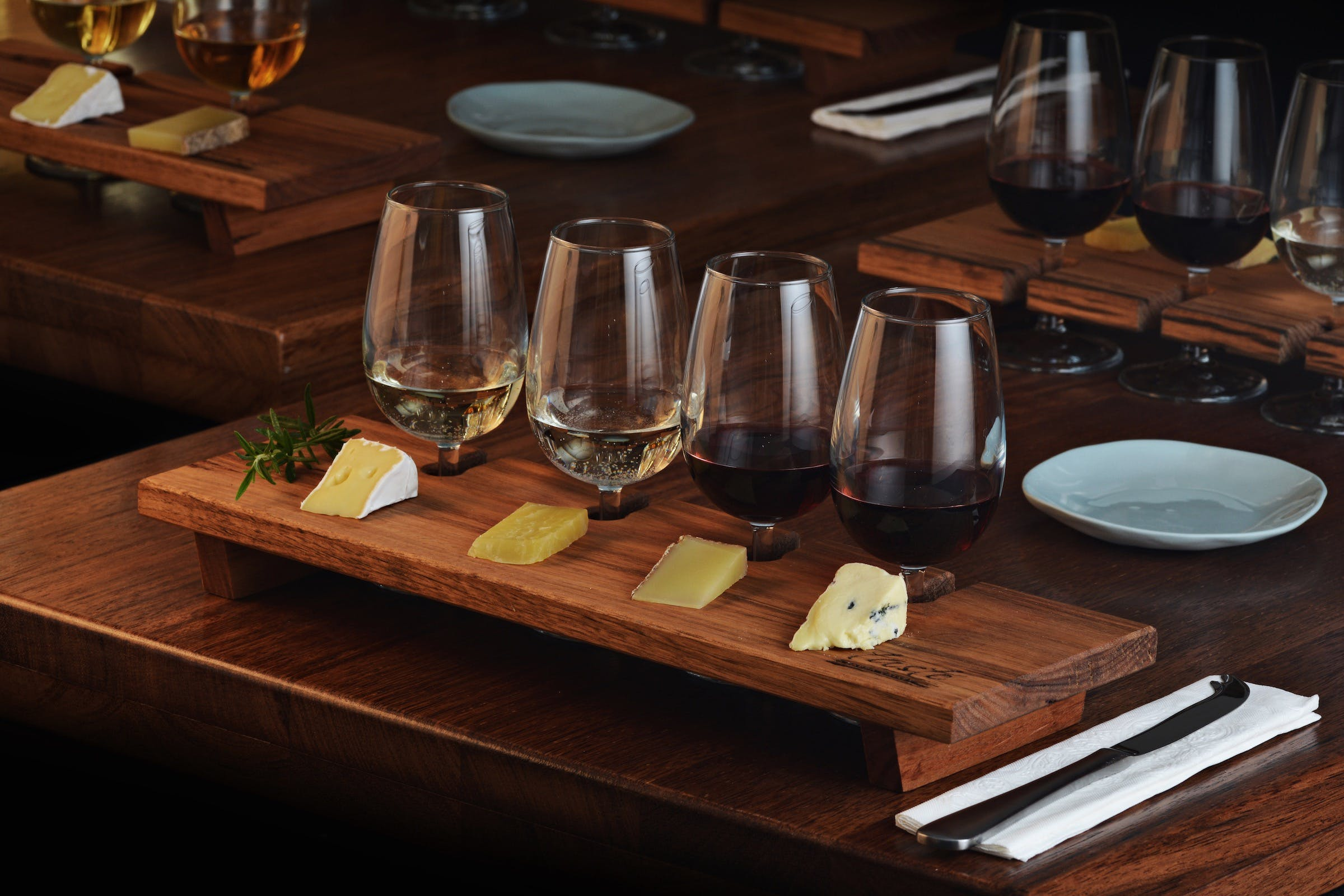 Taste Yarra Valley - Tasting Flights wine and cheese - Pubs and Clubs