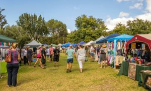 Biloela Markets in the Park - Pubs and Clubs