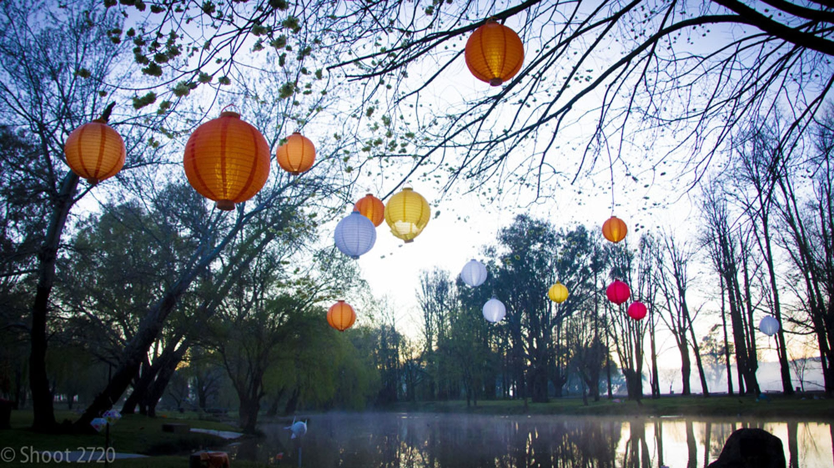 Lanterns on the Lagoon - Pubs and Clubs