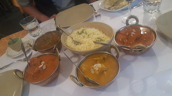 Tandoori  Curry Club - Pubs and Clubs