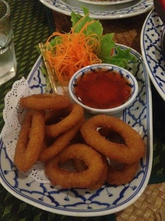 Thai Tanee - Pubs and Clubs