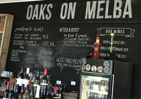 OAKS ON MELBA - Pubs and Clubs