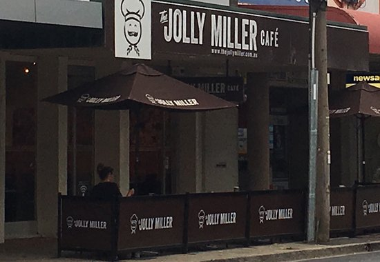 The Jolly Miller Bacchus Marsh - Pubs and Clubs