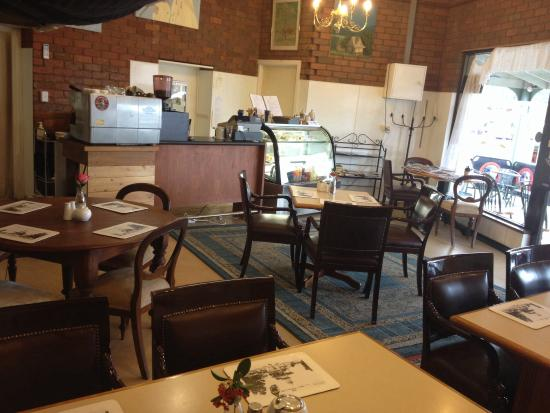 Beaufort Park Cafe - Pubs and Clubs
