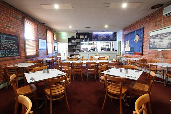 The American Hotel Creswick - Pubs and Clubs