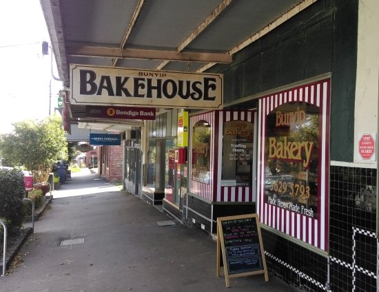 Bunyip Bakery - Pubs and Clubs
