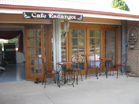 Cafe Escargot - Pubs and Clubs