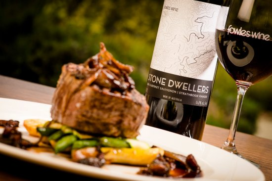 Fowles Wine Cellar Door and Cafe - Pubs and Clubs