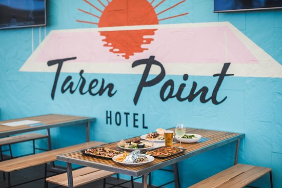 Taren Point Hotel - Pubs and Clubs