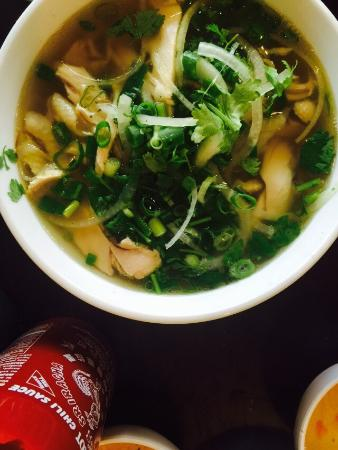 Huong Xua Vietnamese Restaurant - Pubs and Clubs