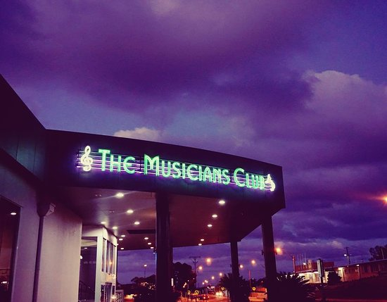 Broken Hill Musicians Club - Pubs and Clubs