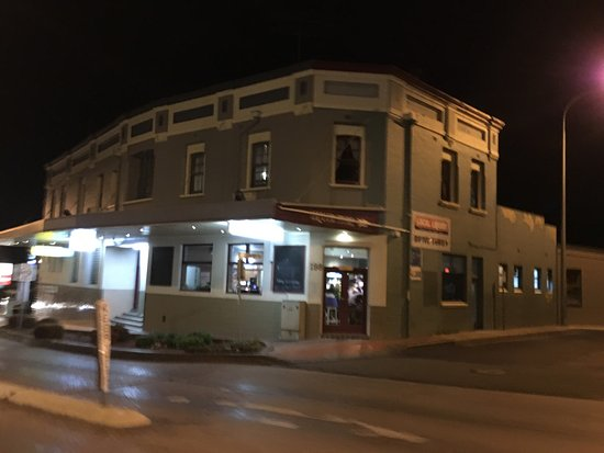 Commercial Hotel Motel Lithgow - Pubs and Clubs