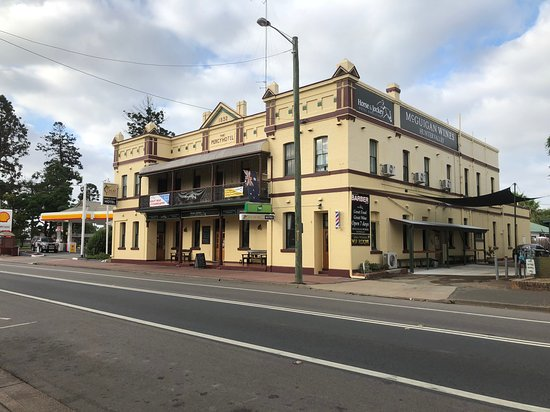 Horse and Jockey Hotel - Pubs and Clubs