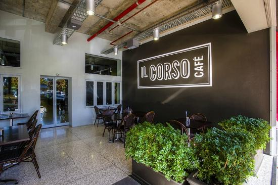Il Corso Cafe - Pubs and Clubs