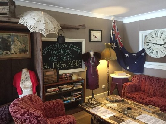 Aussie Outback Wares and Cafe - Pubs and Clubs