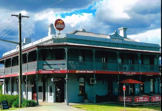 The Oriental Hotel Tumut - Pubs and Clubs
