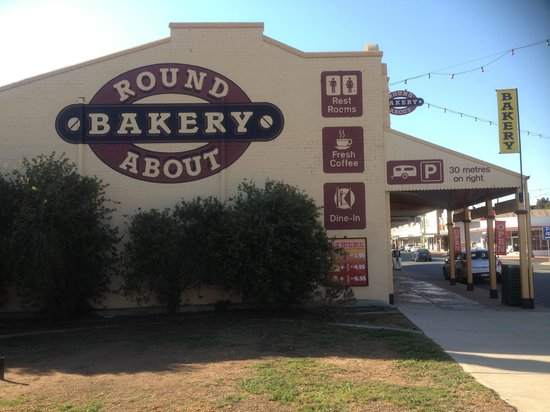 Bakery Cafe West Wyalong - Pubs and Clubs