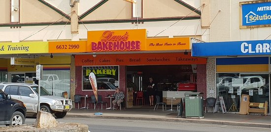 Dave's Bakehouse - Pubs and Clubs