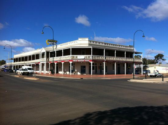 Great Western Cobar Hotel-Motel - Pubs and Clubs