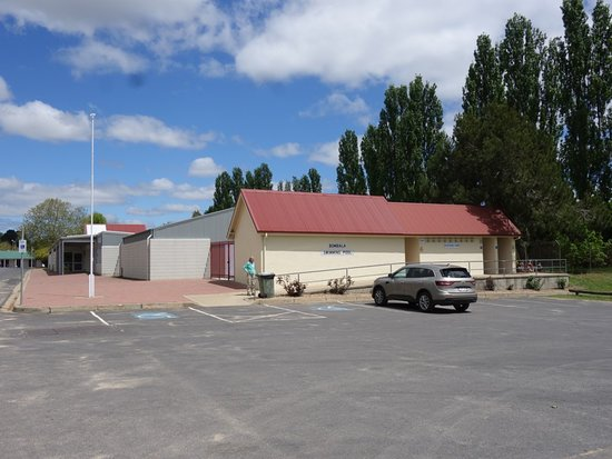 Bombala Bakery - Pubs and Clubs