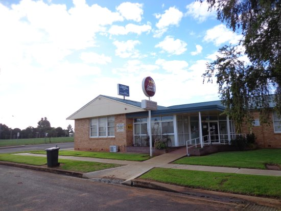 Goolgowi Ex- Servicemen's Memorial Club - Pubs and Clubs