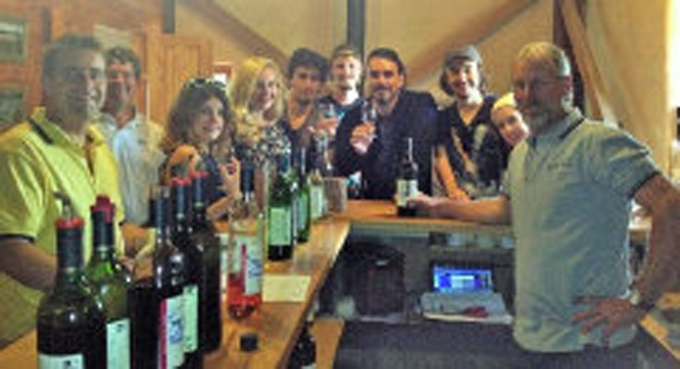 Yarralaw Springs Wines - Pubs and Clubs